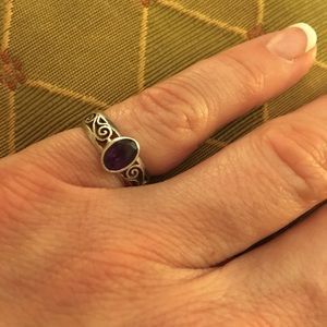 Jewelry - Amethyst ring with silver filigree